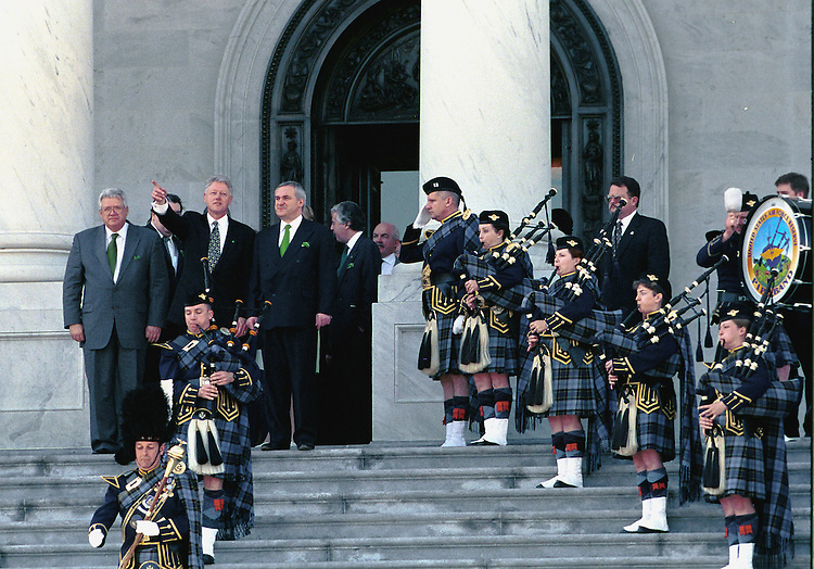 3-17-99.ST. PATRICK'S DAY--Speaker of the House J. Dennis Hastert, R-Ill., President Bill Clinton and Prime Minister Bertie Ahern leave the U.S. Capitol  to the sound of the U.S. Air Force Pipe Band after a St. Patrick's Day luncheon..CONGRESSIONAL QUARTERLY HPOTO BY DUGLAS GRAHAM