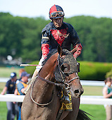 9th Met Mile - Honor Code