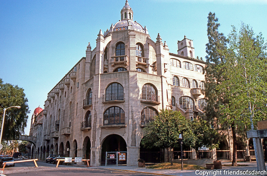 Riverside CA: Glenwood Mission Inn,  1902-1931. Addition (1929- ) by G. Stanley Wilson in reinforced concrete.