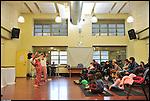 Libere in Barriera, giornata per la libertà delle donne, 25 novembre 2012. Spettacolo teatrale per bambini nella sala polivalente di via Leoncavallo.