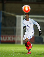 Dujon Sterling (Chelsea) of England U19 during the International friendly match between England U19 and Bulgaria U19 at Adams Park, High Wycombe, England on 10 October 2016. Photo by Andy Rowland.