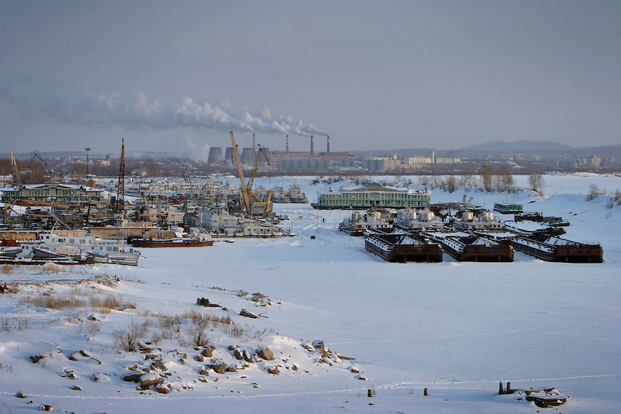 Khabarovsk, Russia, 01/03/2004.&amp;#xD;The city is an important trading point for Russia and the far east; however the severe Siberian winter freezes the Amur River for months, leaving the city port unusable.&amp;#xD;<br />