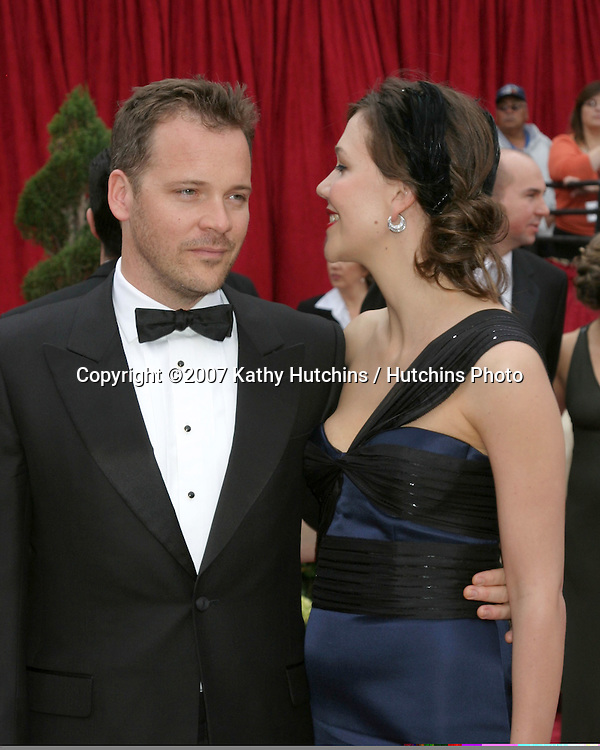 Peter Sarsgaard & Maggie Gyllenhaal.79th Annual Academy Awards.Kodak Theater .Hollywood & Highland.Hollywood, CA.February 25, 2007.©2007 Kathy Hutchins / Hutchins Photo....