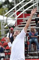 BOGOTA – COLOMBIA – 19-07-2014: Radek Stepanek de Republica Checa se prepara para servir a Ivo Karlovic de Croacia,  durante partido de las semifinales del Open Claro Colombia de tenis ATP 250, que se realiza en las canchas del Centro de Alto Rendimiento en Altura en ciudad de Bogota. / Radek Stepanek of Czech Republic, prepared to serve to Ivo Karlovic of Croatia, during a match for the semifinals of the Open Claro Colombia de tenis ATP 250, at Centro de Alto Rendimiento en Altura in Bogota City. Photo: VizzorImage / Luis Ramirez / Staff.