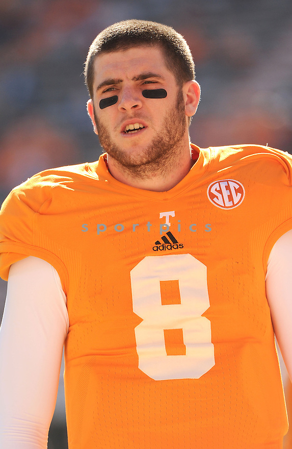 Tennessee Volunteers Tyler Bray (8) during a game against Missouri on November 10, 2012 at Neyland Stadium in Knoxville, TN. Missouri beat Tennessee 51-48.