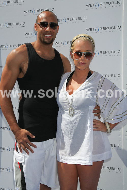**ALL ROUND PICTURES FROM SOLARPIX.COM**.**SYNDICATION RIGHTS FOR UK, AUSTRALIA, DENMARK, PORTUGAL, S. AFRICA, SPAIN & DUBAI (U.A.E) & ASIA (EXCLUDING JAPAN) ONLY**.Ex playgirl Kendra Wilkinson and husband American football star Hank Baskett Celebrate Fun in the Sun at the Wet Republic Pool at the MGM Grand Hotel and Casino in Las Vegas USA ...This pic: Kendra Wilkinson & Hank Baskett ..JOB REF: 10993    PHZ/Prn    DATE: 27.03.2010.**MUST CREDIT SOLARPIX.COM OR DOUBLE FEE WILL BE CHARGED**.**MUST NOTIFY SOLARPIX OF ONLINE USAGE**.**CALL US ON: +34 952 811 768 or LOW RATE FROM UK 0844 617 7637**