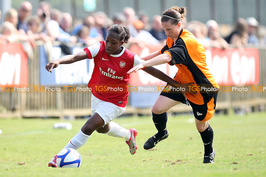 Arsenal Ladies vs Barnet Ladies - FA Women's Cup Semi-Final at Uxbridge FC - 24/04/11 - MANDATORY CREDIT: Gavin Ellis/TGSPHOTO - Self billing applies where appropriate - Tel: 0845 094 6026
