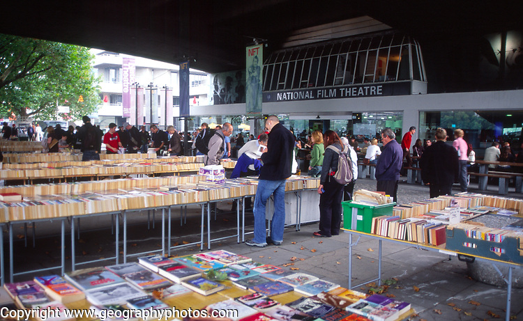 ATBK63 Southwark second hand book market  National Film Theatre London England. Image shot 2005. Exact date unknown.