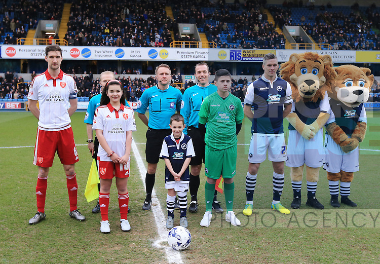 Millwall's Sheffield United's during the League One match at The Den.  Photo credit should read: David Klein/Sportimage