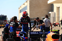 2nd November 2019; Circuit of the Americas, Austin, Texas, United States of America; Formula 1 United Sates Grand Prix, qualifying day; Scuderia Toro Rosso, Pierre Gasly shakes hands with his team - Editorial Use