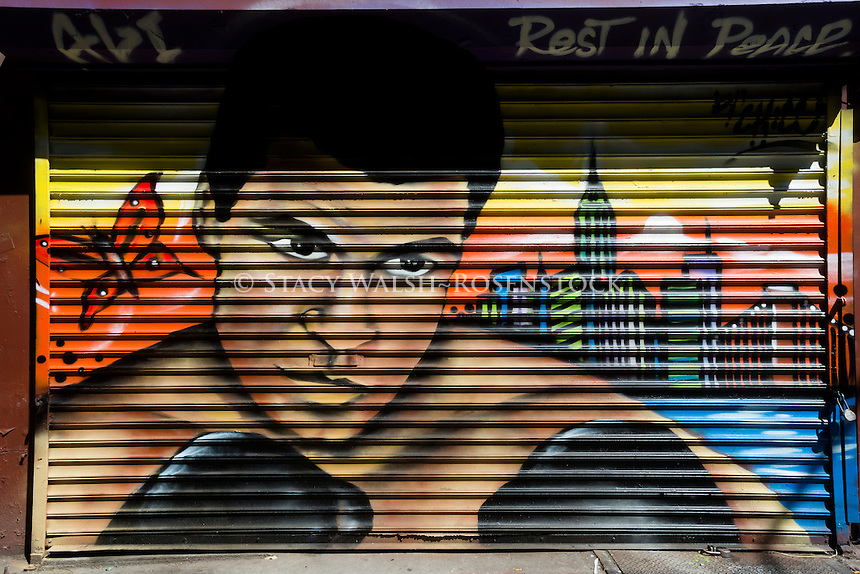 "New York, NY 10 June 2016 - Memorial mural for Muhammad Ali, by graffiti artist Antonio ""Chico"" Garcia, in the East Village neighbourhood of Manhattan ©Stacy Walsh Rosenstock"