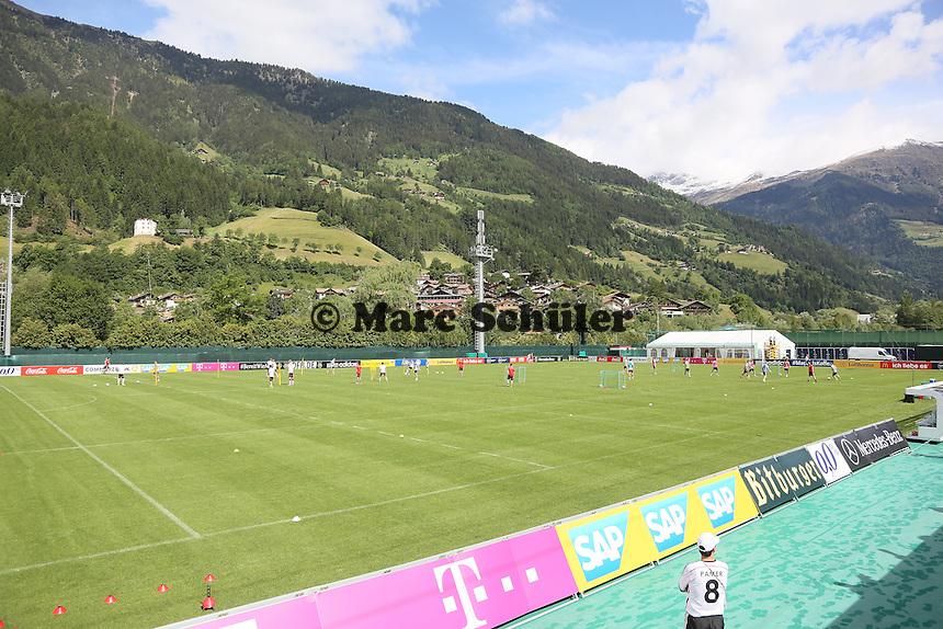 Training in St. Martin - Training der Deutschen Nationalmannschaft  zur WM-Vorbereitung in St. Martin
