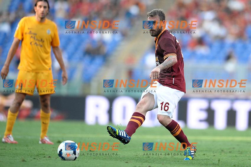 Daniele De Rossi Roma<br /> Roma 1-09-2013 Stadio Olimpico<br /> Football Calcio 2013/2014 Serie A<br /> Roma vs Hellas Verona<br /> Foto Antonietta Baldassarre Insidefoto