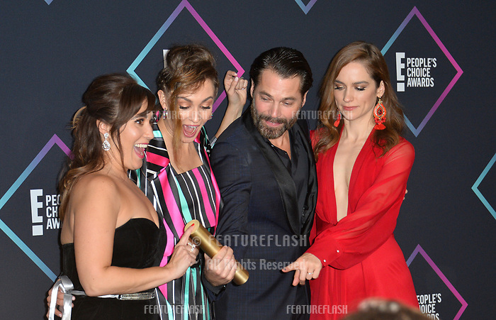LOS ANGELES, CA. November 11, 2018: Emily Andras, Kat Barrell, Tim Rozon &amp; Melanie Scrofano at the E! People's Choice Awards 2018 at Barker Hangar, Santa Monica Airport.<br /> Picture: Paul Smith/Featureflash