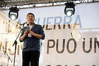 Roma 2 Aprile 2011.Piazza Navona.Manifestazione per la pace e contro la guerra promossa da Emergency .Maurizio Landini, segretario FIOM