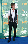 Actor Zac Efron arrives at the 2008 Teen Choice Awards at the Gibson Amphitheater on August 3, 2008 in Universal City, California.