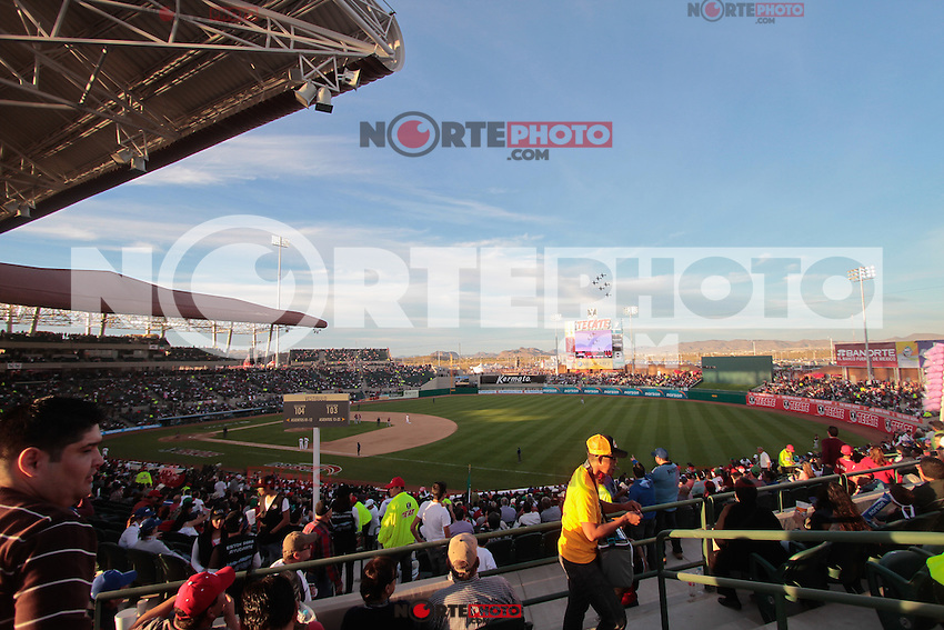 inauguración. de la Serie del Caribe 2013  de Beisbol,  Venezuela vs Republica Dominicana,  en el estadio Sonora el 1 de febrero de 2013 en Hermosillo.©(foto:Baldemar de los Llanos/NortePhoto)..During the game of the Caribbean series of Baseball 2013 between Venezuela vs Republica Dominicana. .©(foto:Baldemar de los Llanos/NortePhoto)..http://mlb.mlb.com/mlb/events/winterleagues/league.jsp?league=cse