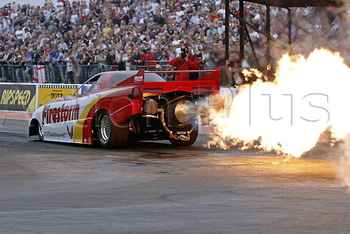 9 September 2007: Jet Car, Pontiac Firebird Firestorm in action at the FIA European Drag Racing Championship Finals at Santa Pod Raceway, Northants. Photo: Leo Mason/Actionplus...car 070909 flame fire