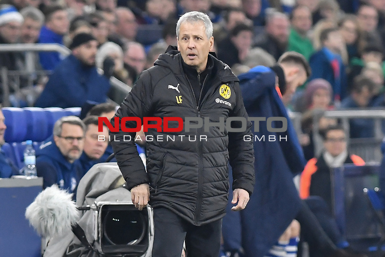 08.12.2018, Veltins-Arena, Gelsenkirchen, GER, 1. FBL, FC Schalke 04 vs. Borussia Dortmund, DFL regulations prohibit any use of photographs as image sequences and/or quasi-video<br /> <br /> im Bild Lucien Favre (Borussia Dortmund) Mimik / starker Gesichtsausdruck / Emotion. <br /> <br /> Foto © nordphoto/Mauelshagen
