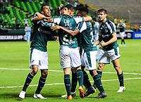 PALMIRA - COLOMBIA-18-07-2018: Jhon Mosquera (Izq) jugador del Deportivo Cali (COL) celebra después de anotar el primer gol de su equipo a Bolívar (BOL) durante partido de la segunda fase, llave 8, por la Copa CONMEBOL Sudamericana 2018 jugado en el estadio Palmaseca de la ciudad de Palmira. / Jhon Mosquera (L) player of Deportivo Cali (COL) celebrates after scoring the first goal of his team to Bolivar (BOL) during match of the second phase, key 8, for the CONMEBOL Sudamericana Cup 2018 played at Palmaseca stadium in Palmira city.  Photo: VizzorImage/ Nelson Rios / Cont
