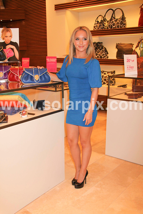 **ALL ROUND PICTURES FROM SOLARPIX.COM**.**SYNDICATION RIGHTS FOR UK, SPAIN, PORTUGAL, AUSTRALIA, S.AFRICA & DUBAI (U.A.E) ONLY**.Hayden Panettiere Launches Her New Fashion Clutch Bag by Dooney & Bourke. Held at The Grand Canal Shoppes at the Venetian Hotel and Casino, Las Vegas, Nevada, USA. November 22, 2008..JOB REF: 7988 PHZ (PRN)   DATE: 22_11_2008.**MUST CREDIT SOLARPIX.COM OR DOUBLE FEE WILL BE CHARGED* *UNDER NO CIRCUMSTANCES IS THIS IMAGE TO BE REPRODUCED FOR ANY ONLINE EDITION WITHOUT PRIOR PERMISSION*