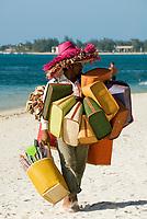 MUS, Mauritius, Trou aux Biches: Strandverkaeufer | MUS, Mauritius, Trou aux Biches: local people