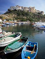 ITA, Italien, Latium, Sperlonga: Stadtansicht und Hafen | ITA, Italy, Lazio, Sperlonga: town and harbour