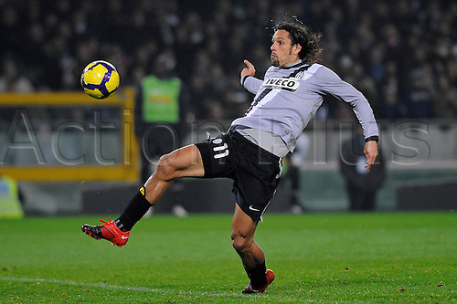 Sunday Nov. 22, 2009. Italian Serie A soccer match between Juventus and Udinese at the Olympic Stadium in Turin, Italy, In the photo: Amauri misses a goal. Photo: Filippo Alfero/actionplus  Editorial Only- No Italy Use.