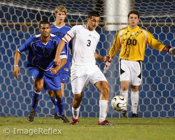 Raoul Voss (3) plays for FIU against Kentucky on October 27, 2007. Kentucky won the game 2-1..