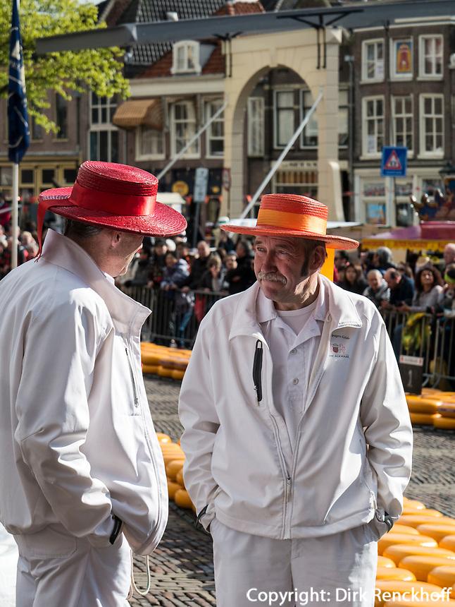 Kaasmarkt -K&auml;semarkt in Alkmaar, Provinz Nordholland, Niederlande<br /> Kaasmarkt-Cheese market  in Alkmaar, Province North Holland, Netherlands
