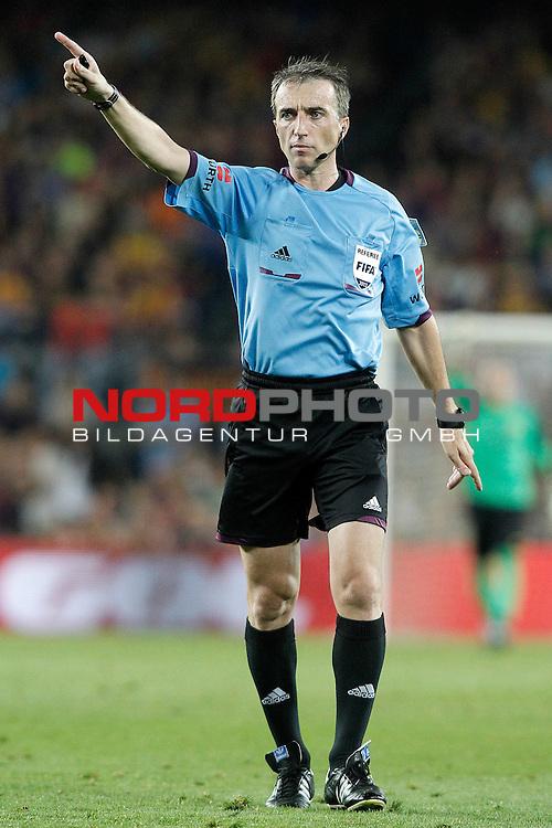 Spanish referee David Fernandez Borbalan during Supercup of Spain 2nd match.August 28,2013. Foto © nph / Acero)