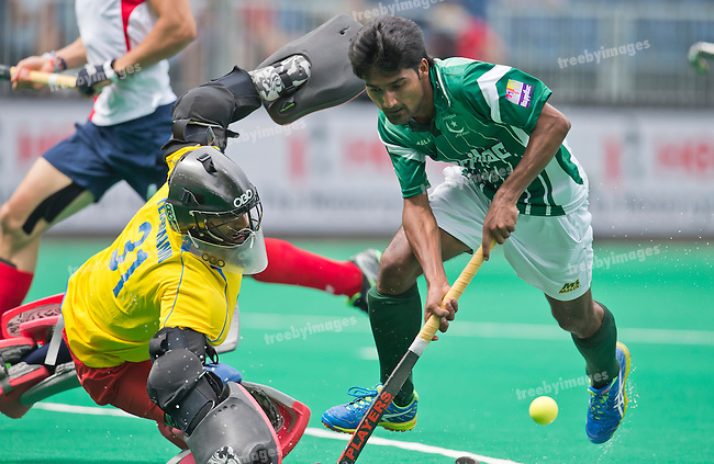 28/06/2015<br /> HWL Semi Final Antwerp Belgium 2015<br /> Pakistan v France Men<br /> Muhammad Dilber<br /> Photo: Grant Treeby