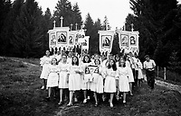ROMANIA / Maramures / Moisei / August 2003..Virgins emerge from the forest at the Moisei Monastery, scene of a major pilgrimage each year on August 15, the Feast of the Assumption...© Davin Ellicson / Anzenberger..