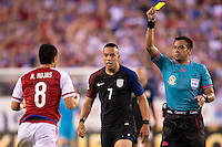 Action photo during the match USA vs Paraguay at Lincoln Financial Field, Copa America Centenario 2016. ---Foto  de accion durante el partido USA vs Paraguay, En el Lincoln Financial Field, Partido Correspondiante al Grupo - D -  de la Copa America Centenario USA 2016, en la foto: Bobby Wood, Julio Bascuñán