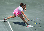 Sara-Sorribes-Tormo-ESP-defeats-Shelby-Rogers-USA-7-5-6-1