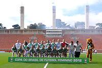 SÃO PAULO, SP, 10 DE JUNHO DE 2012 - FINAL DA COPA DO BRASIL DE FUTEBOL FEMININO: Equipe do Centro Olimpico durante partida São José E.C. x Centro Olimpico, válida pela Final da Copa do Brasil de Futebol Feminino em jogo realizado na manhã deste <br /> <br /> domingo (10) no Estádio do Pacaembú. FOTO: LEVI BIANCO - BRAZIL PHOTO PRESS