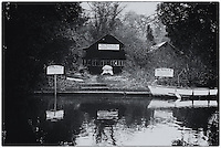 Maidenhead, United Kingdom. Cookham Reach, River Thames between Boulters lock and Lower Cookham, views from the riverside path, Mandatory Credit: Peter SPURRIER/Intersport Images. <br /> <br /> Wednesday 13.04.2016