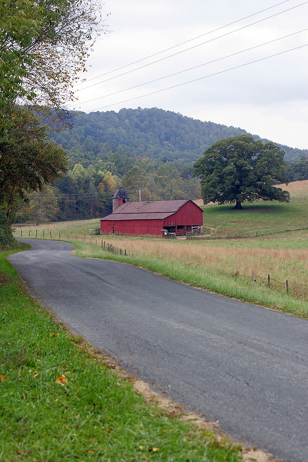 Old barn in Albemarle County, Va