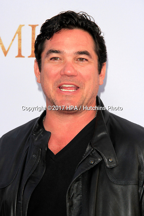 "LOS ANGELES - APR 12:  Dean Cain at the ""The Promise"" Premiere at the TCL Chinese Theater IMAX on April 12, 2017 in Los Angeles, CA"