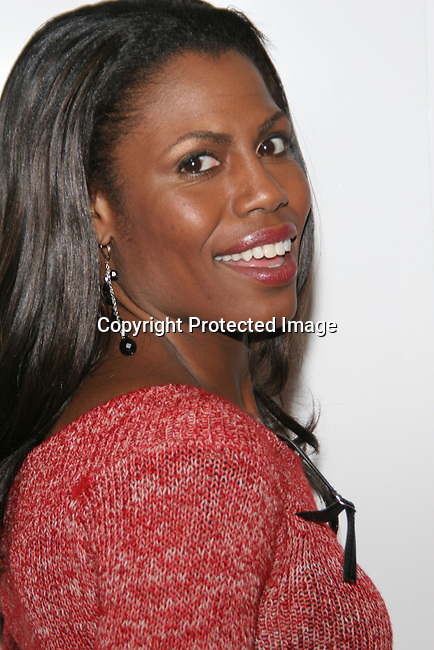 Omarosa Manigault-Stallworth<br />The Winter LA Celebrity Charity Event to honor Sound Art and Black Sheep<br />Private Residence<br />West Hollywood, CA, USA<br />Sunday, December 05th, 2004<br />Photo By Celebrityvibe.com/Photovibe.com, <br />New York, USA, Phone 212 410 5354, <br />email: sales@celebrityvibe.com