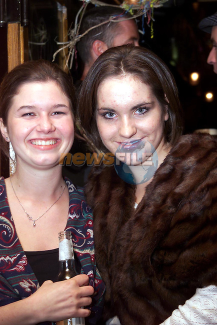"Sona Vyskocova and Catherine Carroll, Maple Drive at ""The Quiet Man"" night in McPhails..Picture Paul Mohan Newsfile"
