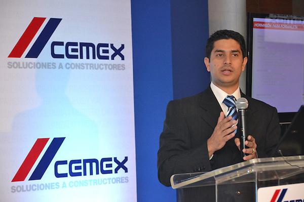 Cóctel de Cemex Dominicana en la que anunciaron sus nuevos productos en materiales de construcción..Foto: Ariel Díaz-Alejo/acento.com.do.Fecha: 13/03/2013.