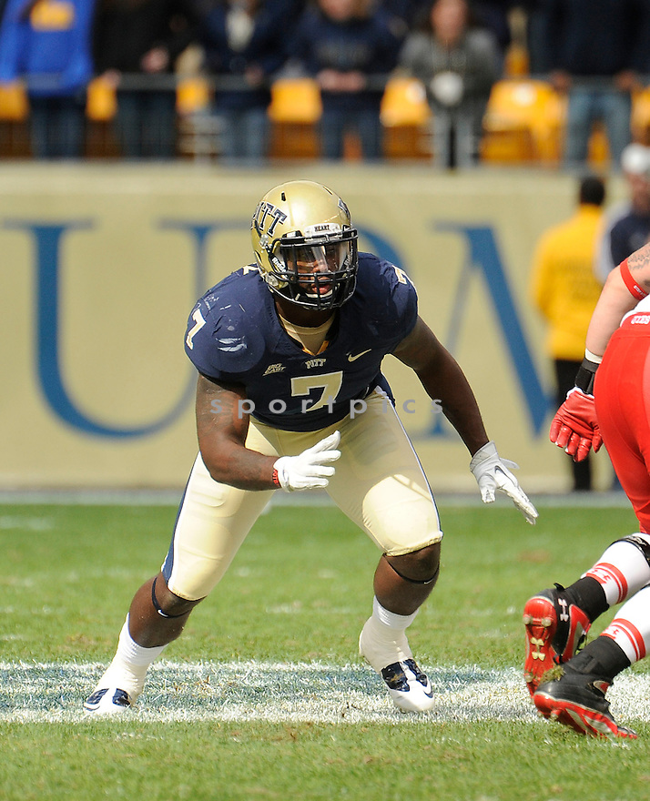 BRANDON LINDSAY, of the Pittsburgh Panthers, in action, during Pitt's game against the Utah Utes on October 15, 2011 at Heinz Field in Pittsburgh, PA. Utah beat Pitt 26-14.