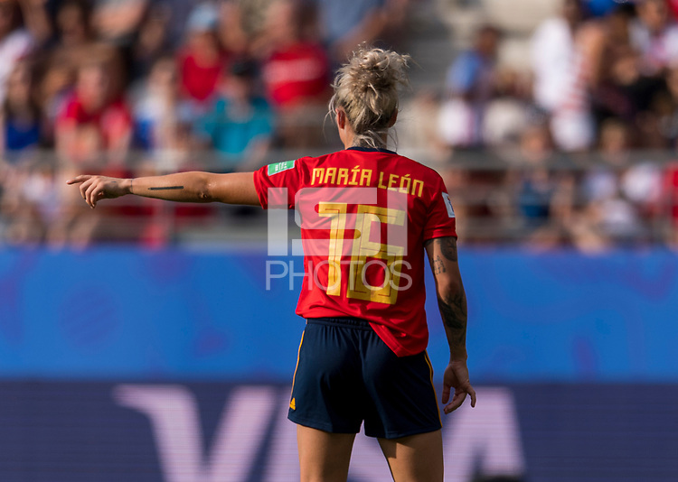 REIMS,  - JUNE 24: Mapi Leon #16 organizes the defense during a game between NT v Spain and  at Stade Auguste Delaune on June 24, 2019 in Reims, France.