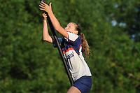 FIERLJEPPEN: GRIJPSKERK: 17-07-2013, 1e Klas wedstrijd, Dames A klasse, Melanie Heins, ©foto Martin de Jong