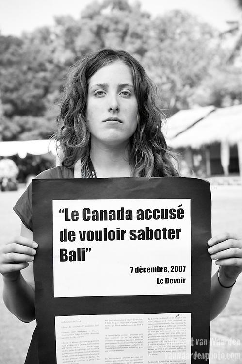 Liz McDowell - Canadian Youth Delegation (©Robert vanWaarden, Nusa Dua, Indonesia Dec 12, 2007)