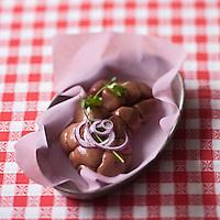 Gastronomie Générale: Rognons de veau - Stylisme : Valérie LHOMME // Gastronomy:    Calf's kidneys