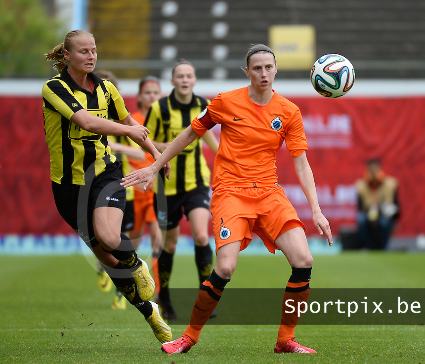 20150514 - BEVEREN , BELGIUM :  duel pictured between Lierse's Dominique Vugts (left) and Brugge's Heleen Jaques during the final of Belgian cup, a soccer women game between SK Lierse Dames and Club Brugge Vrouwen , in stadion Freethiel Beveren , Thursday 14 th May 2015 . PHOTO DAVID CATRY