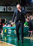 S&ouml;dert&auml;lje 2014-03-25 Basket SM-kvartsfinal 1 S&ouml;dert&auml;lje Kings - J&auml;mtland Basket :  <br /> J&auml;mtlands tr&auml;nare coach Pontus Frivold ser nedst&auml;md ut <br /> (Foto: Kenta J&ouml;nsson) Nyckelord:  S&ouml;dert&auml;lje Kings SBBK J&auml;mtland Basket SM Kvartsfinal Kvart T&auml;ljehallen depp besviken besvikelse sorg ledsen deppig nedst&auml;md uppgiven sad disappointment disappointed dejected