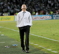 MEDELLÍN -COLOMBIA-15-12-2013. Juan Carlos Osorio técnico de Nacional gesticula durante partido de vuelta contra Deportivo Cali por la final de la Liga Postobón II 2013 jugado en el estadio Atanasio Girardot de la ciudad de Medellín./ Atletico Nacional coach Juan Carlos Osorio gestures during second leg match against Deportivo Cali for thew final of the Postobon League II 2013 at Atanasio Girardot stadium in Medellin city. Photo: VizzorImage/Felipe Caicedo/ Staff